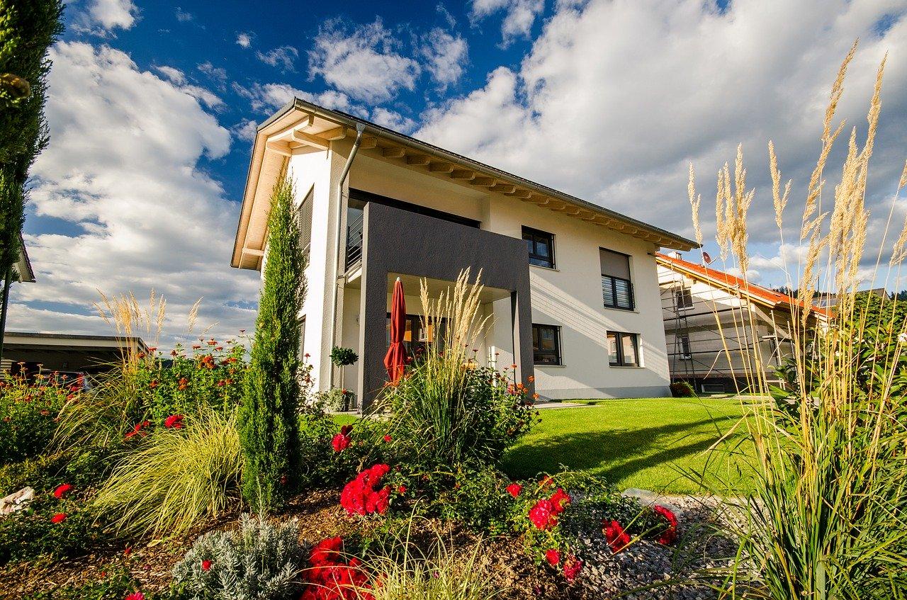 Budujemy dom: zalety i wady domów parterowych