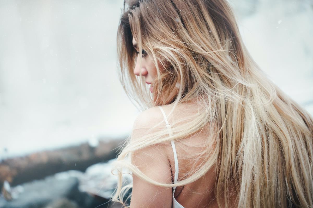 Czym różnią się maski od odżywek do włosów