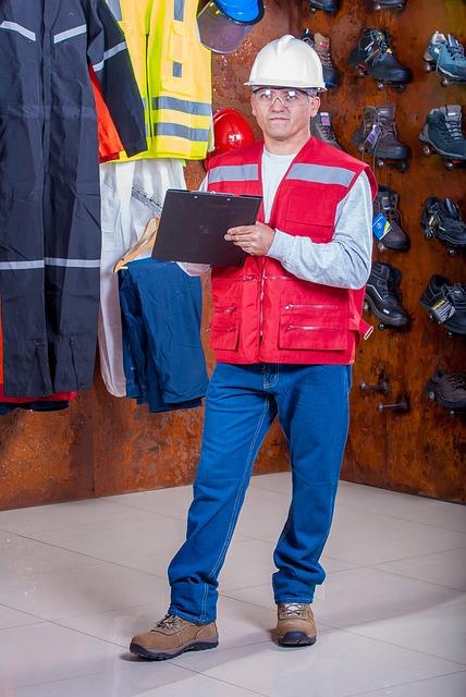 Jak pozyskać ubrania robocze?