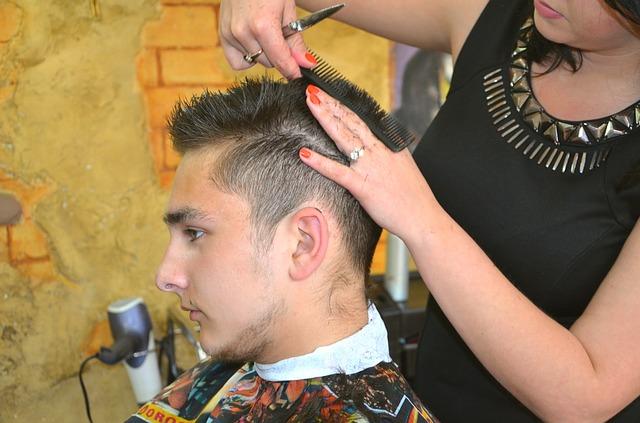 Jak wybrać odpowiedni salon fryzjerski?