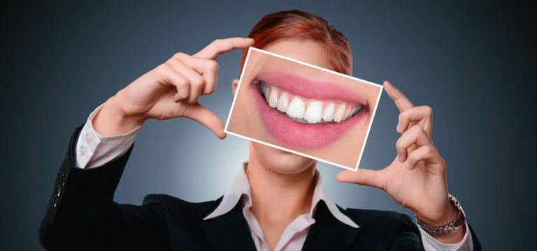 Planując wybielanie zębów odwiedź dobrego specjalistę