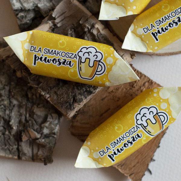 Na jakich warunkach pozyskać słodycze reklamowe?